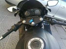 Moto de 260 cc modelo 2011. titular todos los papeles