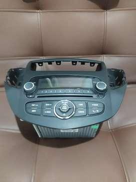 Radio con soporte nunca usado