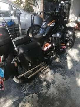 Vendo moto tipo choper