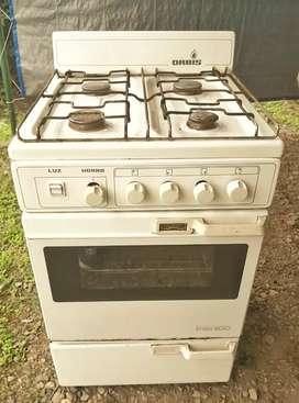 Cocina Orbis línea 800 usada