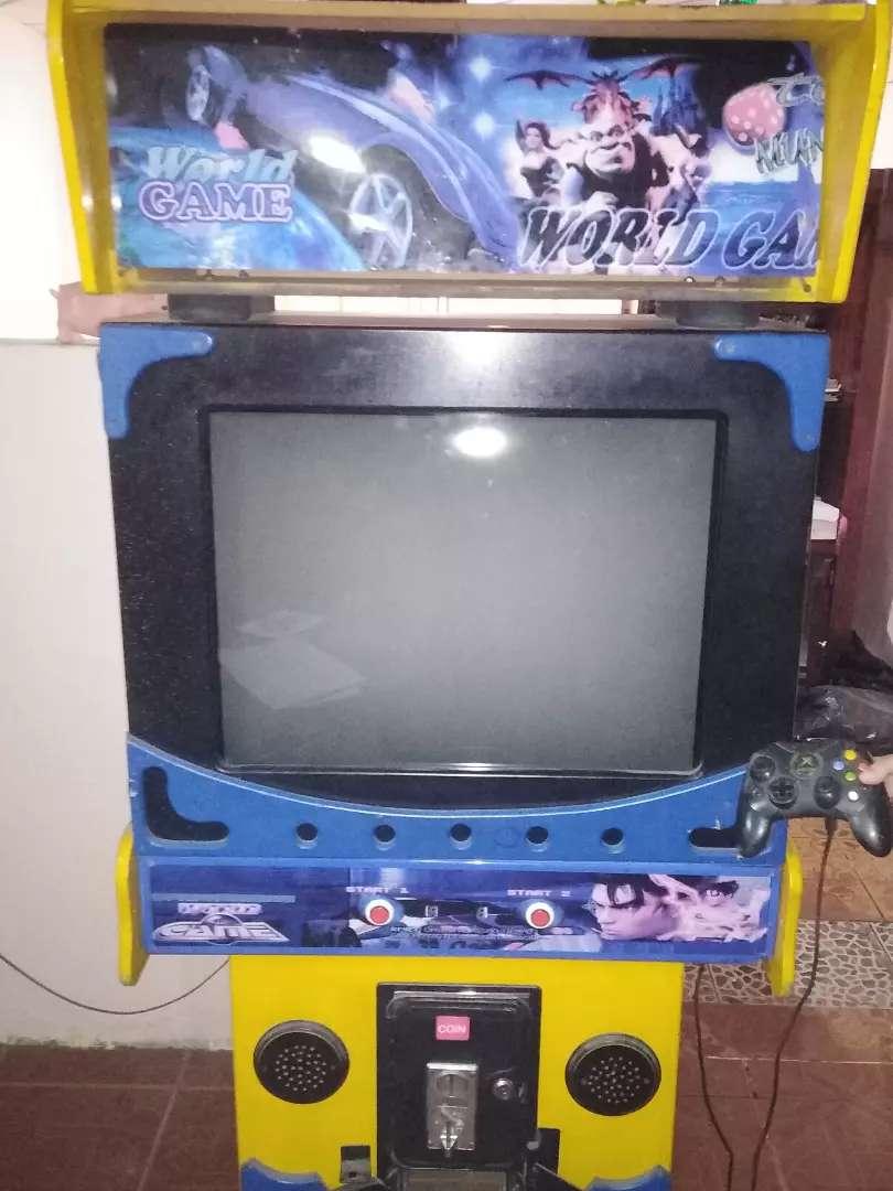 Maquina de video juegos 0