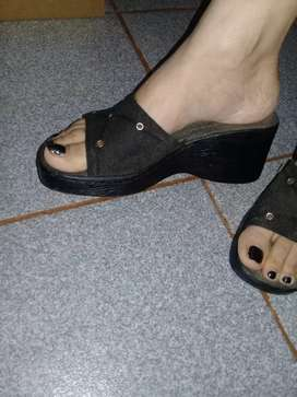 Vendo dos sandalias