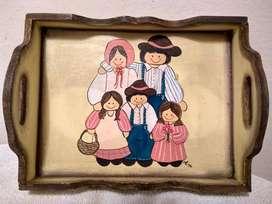 Bandeja desayunadora madera pintada a mano