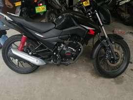 Vendo moto Honda cbf125 modelo 2021