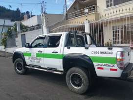 Se vende Camioneta MAZDA 2012  con puesto.