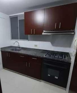 Por remodelación vendo cocina integral y baños