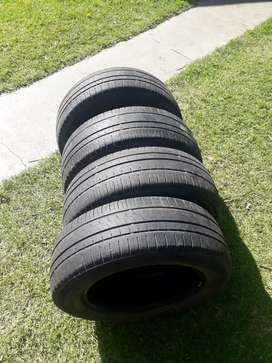 4 cubiertas pirelli 400