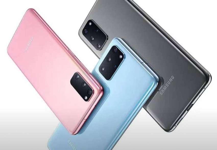 """Samsung Galaxy S20 128GB RAM 8GB Cámara Triple 64MP Pantalla: 6.2"""" 0"""