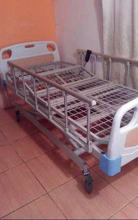 Cama hospitalaria eléctrica de 4 funciones