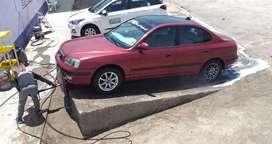 Vendo mi Hyundai Elantra 2002, bien conservado.