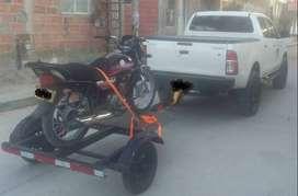 Servicio de transporte para motos en tráiler