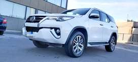 TOYOTA SW4 HILUX  SRX 4X4 AT 7as