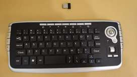 Teclado MINI Inalámbrico C/ mouse (trackball)