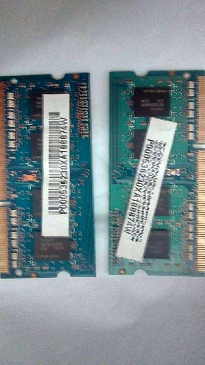 2 Memorias ram de 2GB marca hynix. 0