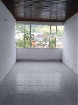 ARRIENDO O VENDE 317*5330467