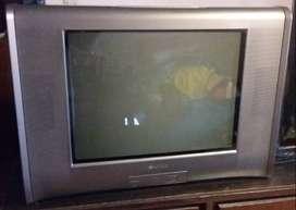 Televisión SONY 21 pulgadas - TRINITRON con control remoto andando - ENTREGA EN ONCE