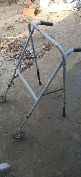 Andador adultos con ruedas