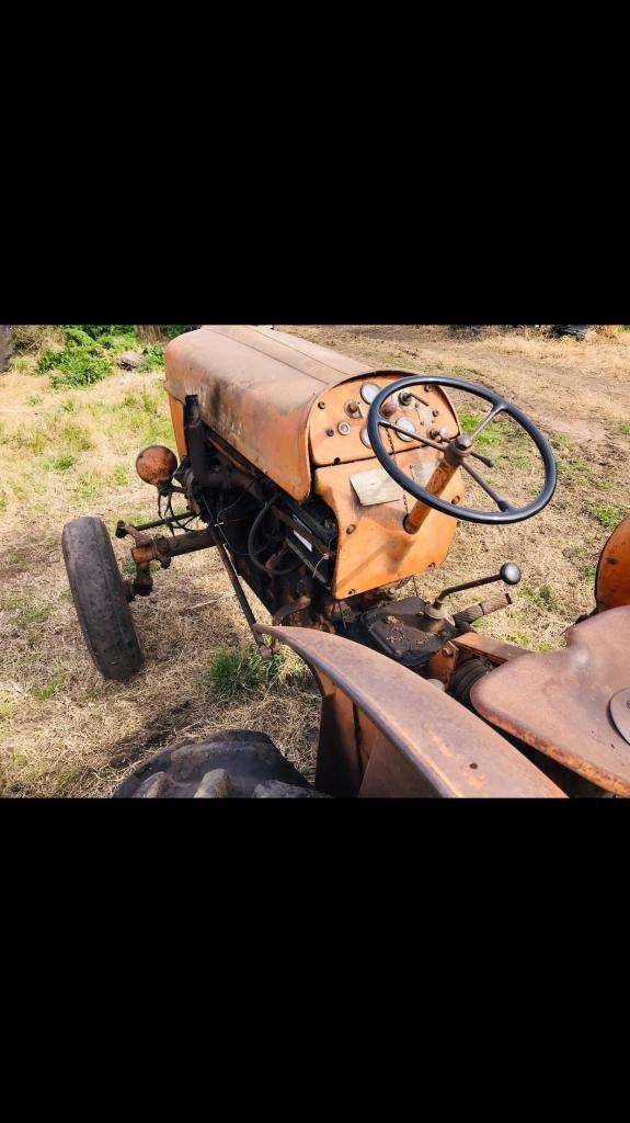 Tractor Fiat 411 0