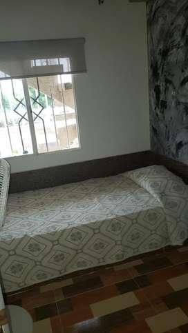 Arriendo habitacion privada, solo cama, ventilador y closet