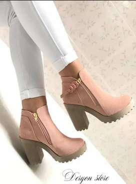 Hermosas botas y Botines