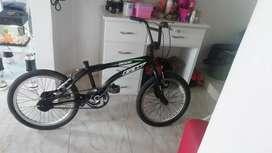 Vendo bicicleta económica. Tal como esta foto