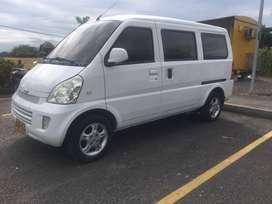 Vendo Camioneta Van Chevrolet N300 Familiar Modelo 2013 Villavicencio