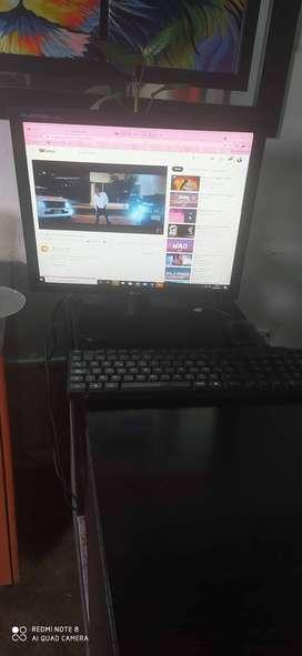 Vendo computador de mesa en oerfsd condiciones