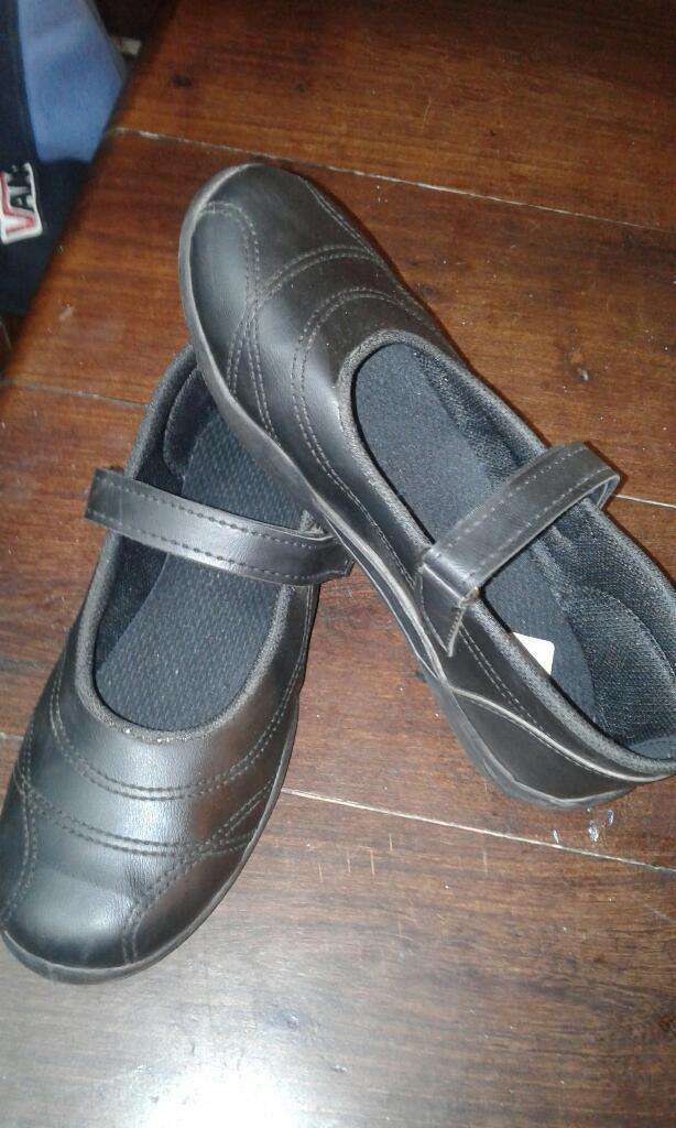 Vendo Zapatos de Nena 0