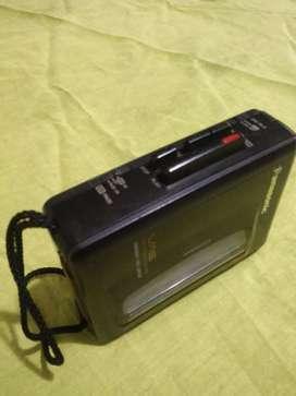 Grabadora Y Reproductor de Cassette