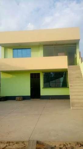 Se alquila terreno para deposito almacén y 3 cuartos con baño como oficinas