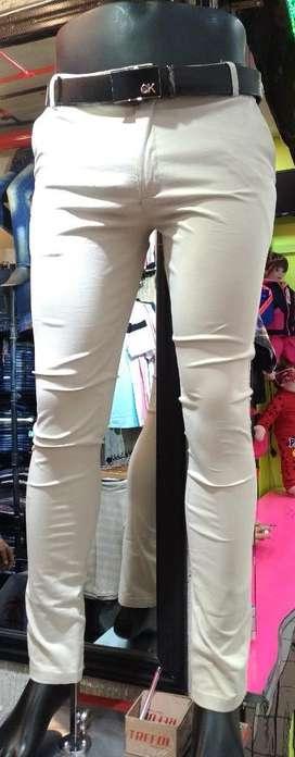 Pantalones en Drill Entubados