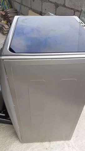 Cosina inducción indurama las dos hornillas de lado izquierdo no vale y hay todo funciona asta el horno función