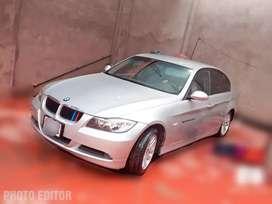 EN VENTA BMW EN perfectas condiciones impecable uso oficina