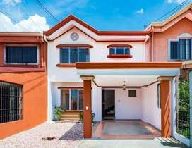 Vendo casa en Lagunilla de Heredia MLS#20-496 (GM)