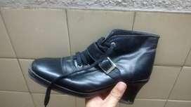 Borcegos zapatos cuero mujer talle 38/9