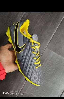 Guayos Nike Tiempo Caballero