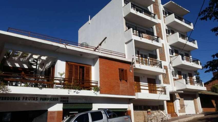 Vendo 1200 m² de Propiedad Que Contiene Edificio, Casa y Local Comercial.