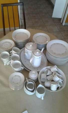 Vajilla tsuji de porcelana NEGOCIABLE segunda mano  La Plata, Buenos Aires