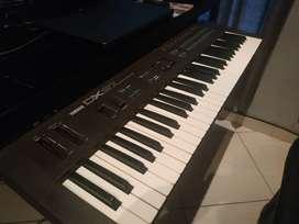 YAMAHA DX 27 - PIANO SINTETIZADOR VINTAGE MIDI