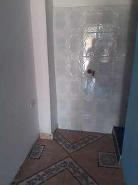 Se arrienda habitación independiente para persona sola  servicios incluidos