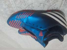 Guayos adidas para futbol
