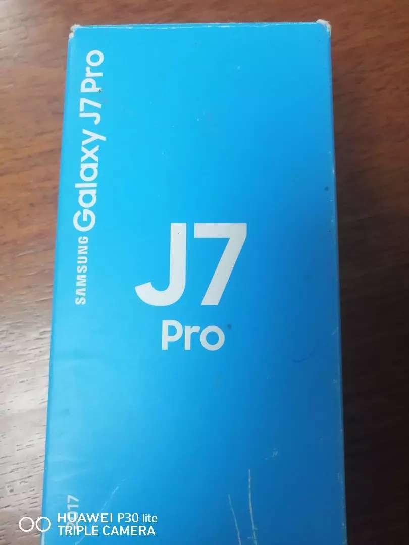 Vendo celular nuevo empacado J7pro