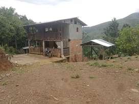 Hermoso terreno con casa  incluida una cancha de boli