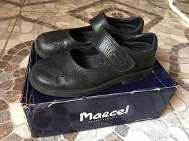 Zapatos escolares de nena Marcel
