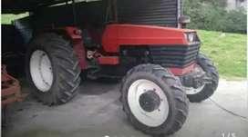Vendo tractor de Marca universal con 90 horas de  trabajo