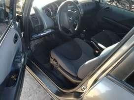 Honda Fit 2006 1.4 económico cadenero
