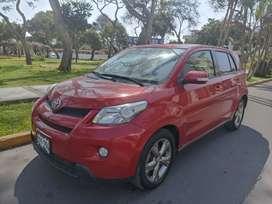 Toyota Urban 2013 full