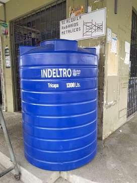 Tanque elevado Indeltro triple capa tipo Botella 1300 litros