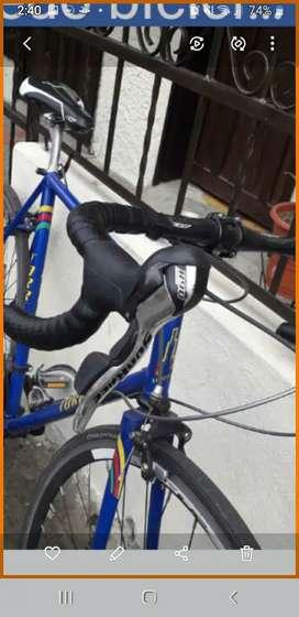 Vendo bici de ruta remela