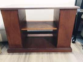 Mueble organizador. Ideal para equipo de sonido